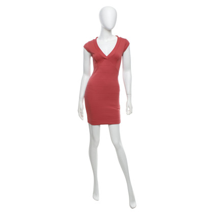 French Connection Figurbetontes Kleid in Korallrot