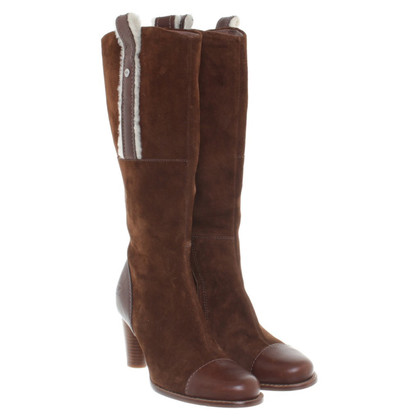 UGG Australia Boot in brown leather