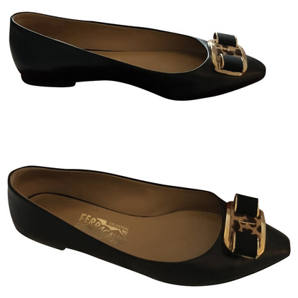 Salvatore Ferragamo Ballerinas in black