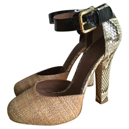 Dolce & Gabbana pumps of material mix