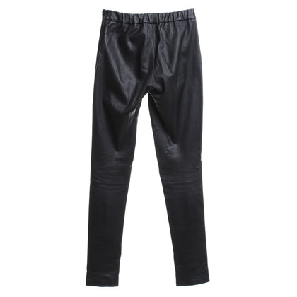 Tara Jarmon Leather pants in black
