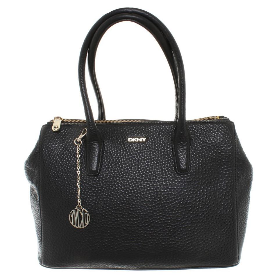 dkny handtasche in schwarz second hand dkny handtasche in schwarz gebraucht kaufen f r 250 00. Black Bedroom Furniture Sets. Home Design Ideas