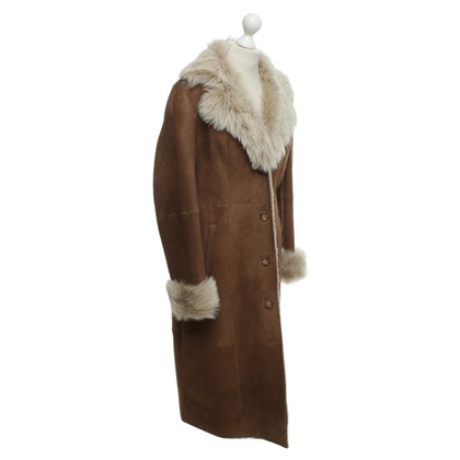 Basler Lambskin coat in brown