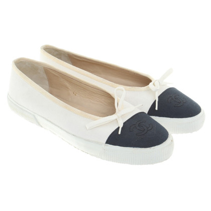 Chanel Ballerina's in Blauw / Wit