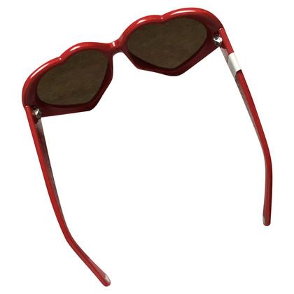 Moschino Red heart-shaped sunglasses