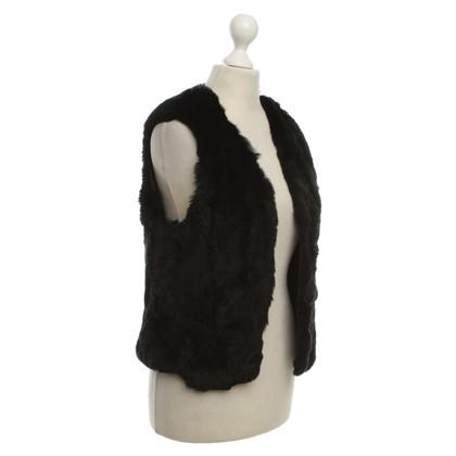 Other Designer C'est tout - vest of fur