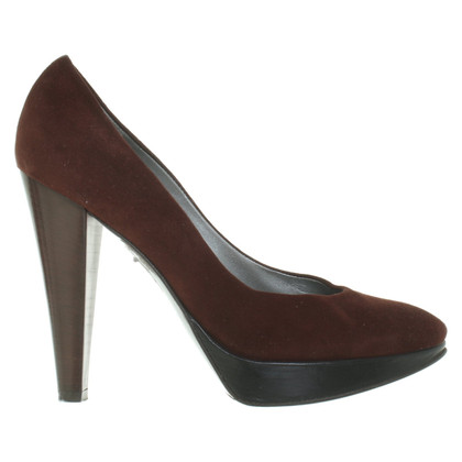 Pollini Suede pumps in brown