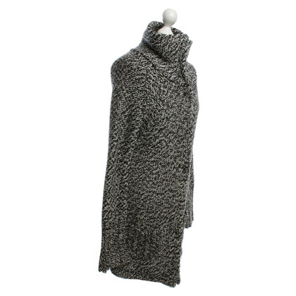 Dear Cashmere Knitted coat in black / white