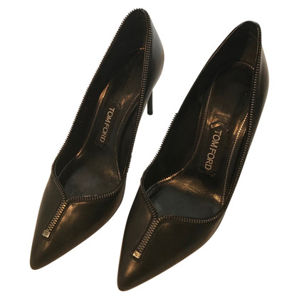 Tom Ford Ornate Leather pumps