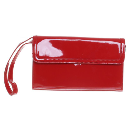 Basler Patent leather clutch in red