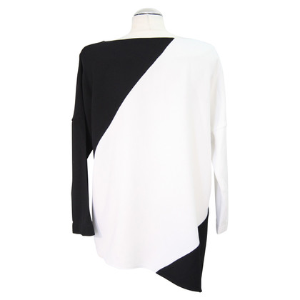 French Connection top in black / white