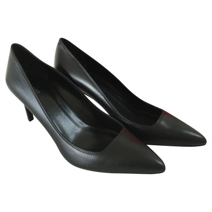 Hugo Boss pumps in zwart