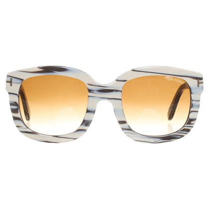 Tom Ford Zonnebrillen in het ontwerp van de streep