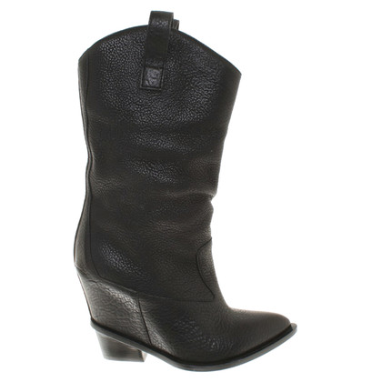 Giuseppe Zanotti Leather boots in black