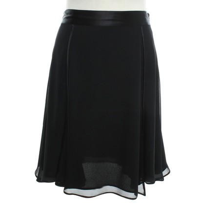 La Perla Silk skirt in black