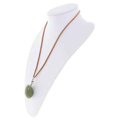 Hermès Kette mit grünem Stein