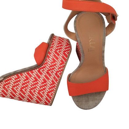 Aperlai Wedges