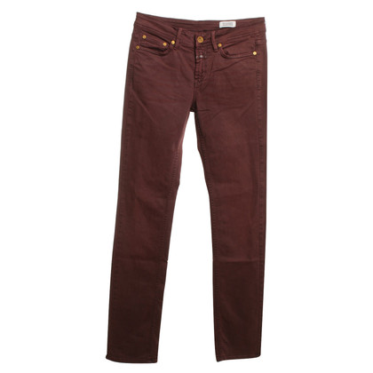 Closed Jeans in Bordeaux