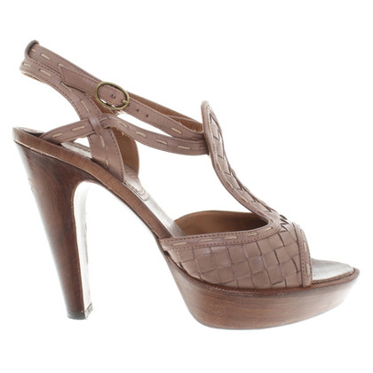 Bottega Veneta pumps in brown / beige