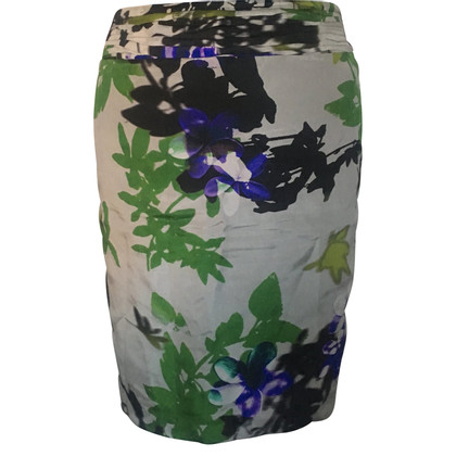 St. Emile Silk skirt with a floral pattern