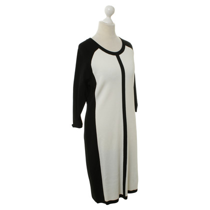 Vince Camuto Dress in black and white