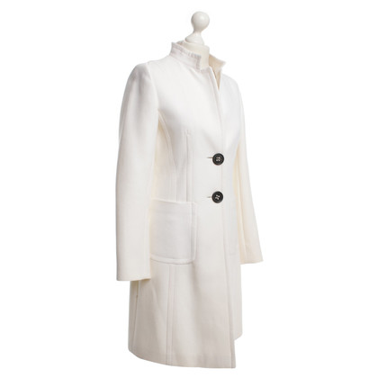 René Lezard Coat in white