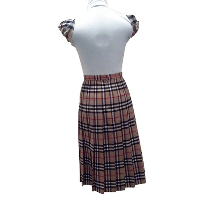 Burberry Wool skirt