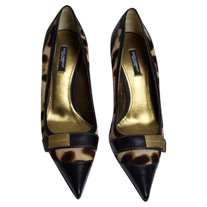 Dolce & Gabbana pumps with leopard pattern