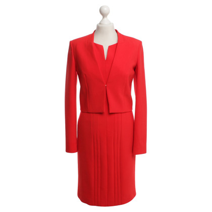 Hugo Boss Costume in het rood