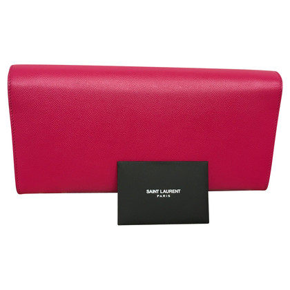 Yves Saint Laurent clutch in pink