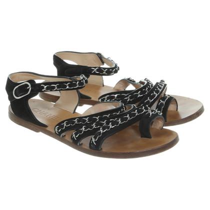Chanel Sandalen mit Kettenapplikationen