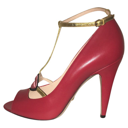 Gucci Rote Pumps