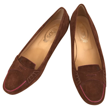 Tod's kitten heels