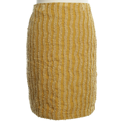 Reiss skirt in Mustard yellow