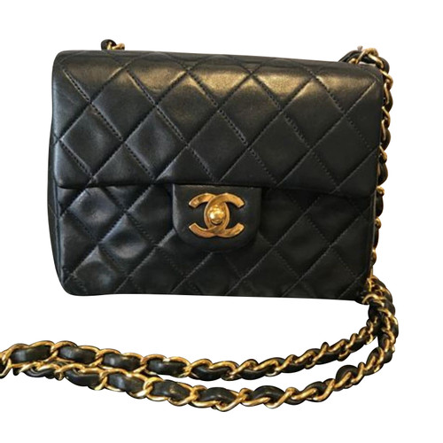 edf93f4832a Chanel Classic Flap Bag New Mini Leather in Black - Second Hand ...