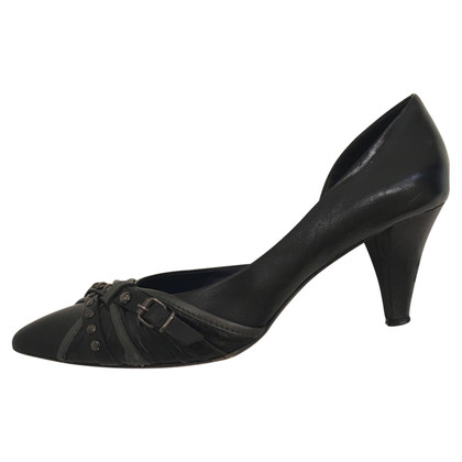 Hugo Boss Black pumps with decorative buckles