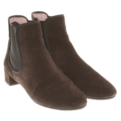 Pretty Ballerinas Suede ankle boots