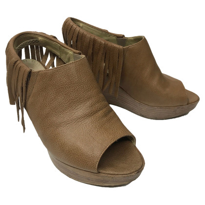 Strenesse Wedges with fringe decor