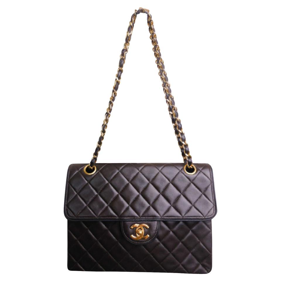 chanel flap bag second hand chanel flap bag gebraucht kaufen f r 2680509. Black Bedroom Furniture Sets. Home Design Ideas