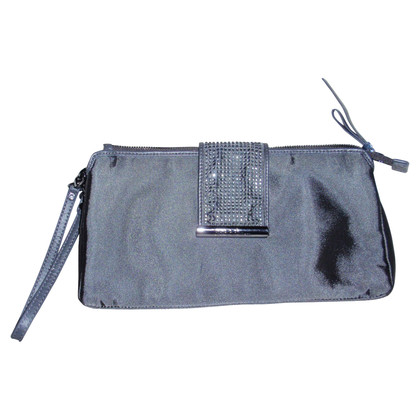 Ferre clutch in gray