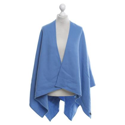 Strenesse Virgin wool cape in blue