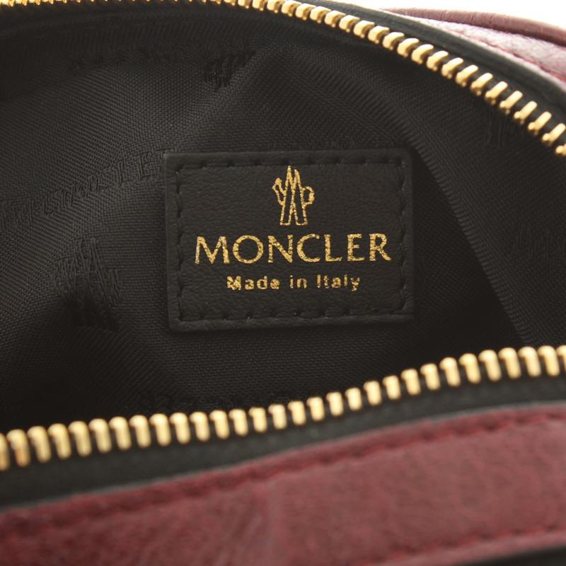 moncler original zeichen