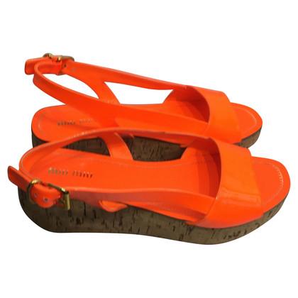 Miu Miu Sandali in arancione