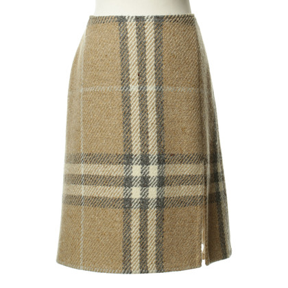 Burberry Checkered skirt