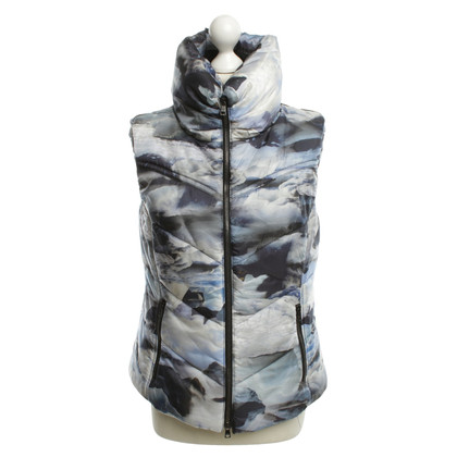 Marc Cain Vest in blue with motif print