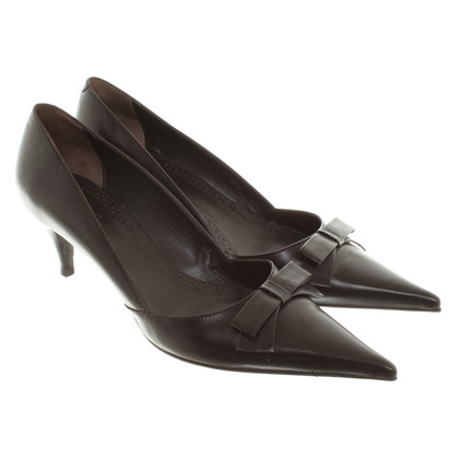 Hugo Boss pumps in Brown