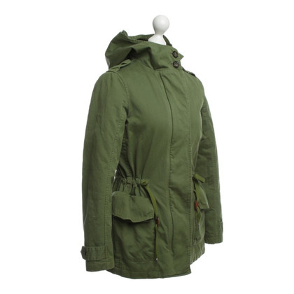 Closed Parka in Grün