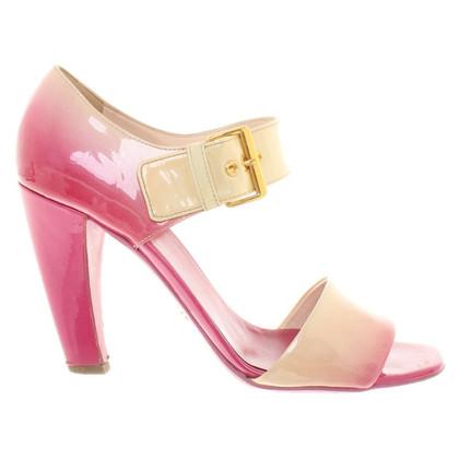 Prada Sandaletten aus Lackleder