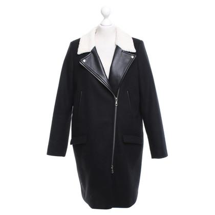 Set Coat in black