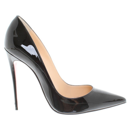 Christian Louboutin pumps in zwart